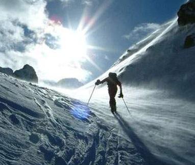 داستان کوهنورد و ایمان به خدا