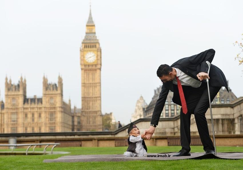 بلندترین مرد جهان و کوتاه ترین مرد جهان3 بلندقدترین و کوتاه قدترین مردان جهان در کتاب گینس
