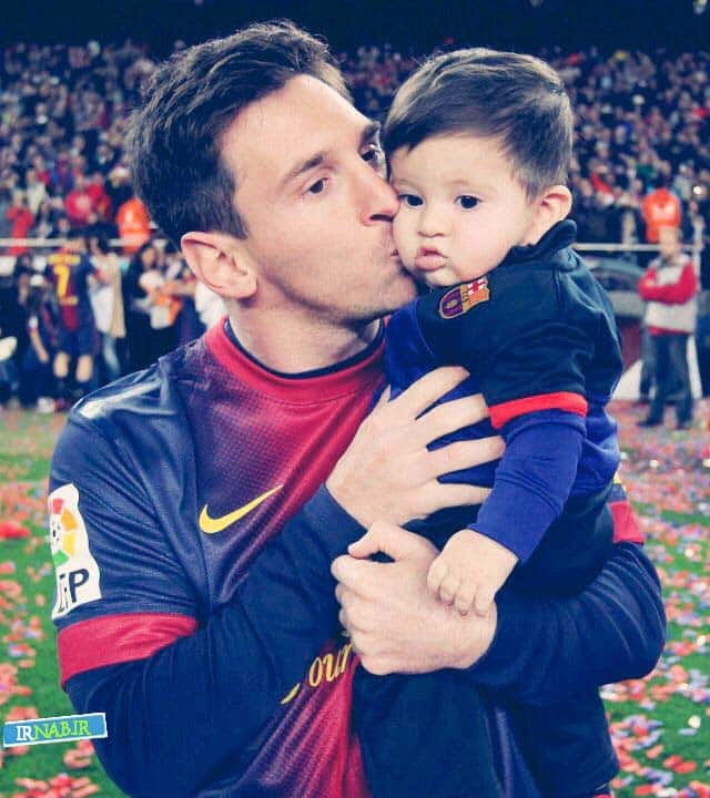 cute photo of messi and his son tiago irnab ir عکس مسی،پسر و همسرش