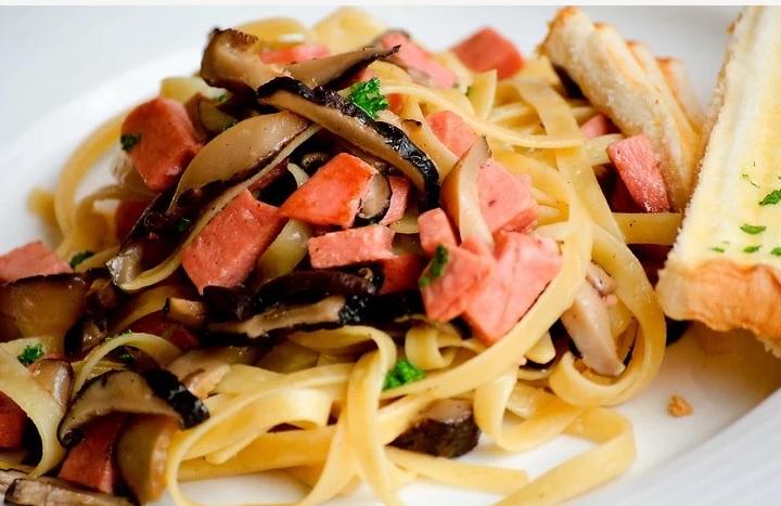 5b55804f8df5c غذای گیاهی بخوریم حالی که بقیه irnab ir چگونه غذای گیاهی بخوریم در حالی که بقیه ی اعضای خانواده گوشت خوار هستند