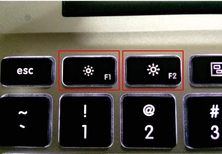 5b5c085852c81 نحوه تنظیم روشنایی صفحه macbook irnab ir نحوه تنظیم روشنایی صفحه MacBook