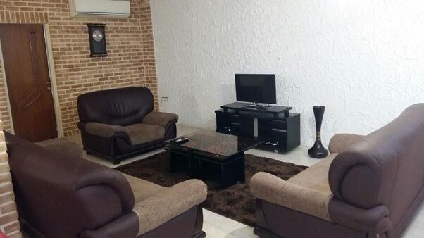 5bba8a98a9c04 wwwmoblejarcom irnab ir اجاره آپارتمان مبله در تهران